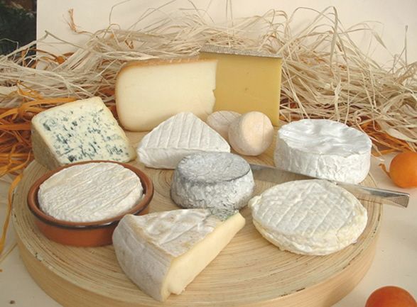 Yummy french cheeses <3: Food, French Cheese, Italian Cuisine, Italian Wine, Cheese, Chees Boards, Fromage, Cheese Boards, Chees Chees