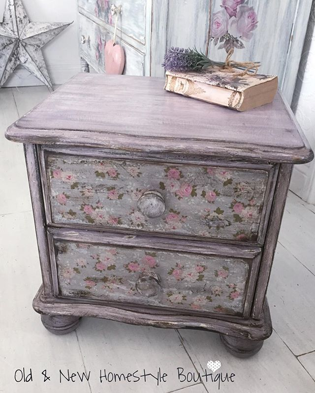 Decoupaged bedside cabinet #update #makeover #shabbychic #lilac #lavender #purple #painteffect #chalkpaint #napkin #decoupage #homedecor #aged #distressed #bedroom #cabinet #flowers #flowerpower #pretty #interior #interiordesign #diyonabudget #diyideas #diyhunted #dowhatyoulove #lovewhatyoudo #script #oldandnewhomestyleboutique