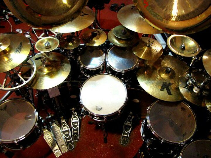 Best Musical Mediums Images On Pinterest Music Musical - Street drummer uses nothing more than scrap metal to creating amazing techno beats