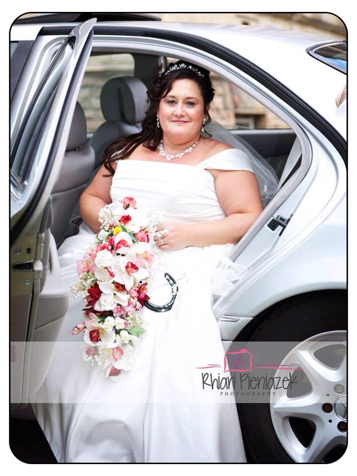 Weddings. Bride. Rhian Pieniazek Photography.