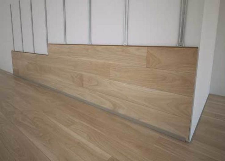 Floor Up para muros / Carpenter