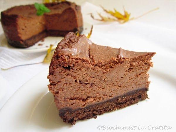 Cheesecake,branza cu ciocolata, blat de model.