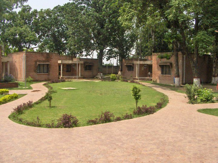 sos childrens village in pakistan Sos children's villages pakistan was established in 1975, and is the largest private child welfare organization in the country sos children's villages meets the needs of children and their families in 15 locations in pakistan.