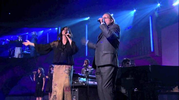 Él ha sido fiel, y por siempre lo será. VÍDEO: Dios ha sido fiel - Marcos Witt & Crystal Lewis