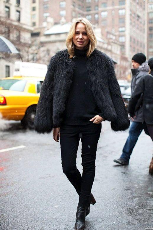 Street Style: Steal Elin Kling's All-Black Look