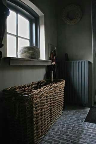 Dit is DE mand voor het wasgoed in de badkamer...