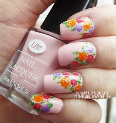 floral nails #floralnails #floral #nudenails #flowernails #springnails #summernails #nailsart