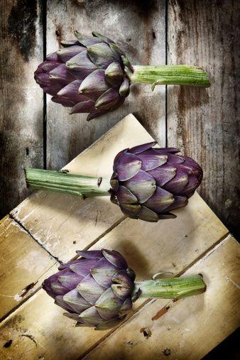 El hígado es un órgano clave para la salud, hay plantas medicinales que pueden protegerlo aportándole múltiples beneficios. http://www.alotroladodelcristal.com/2014/03/4-plantas-medicinales-para-el-higado.html