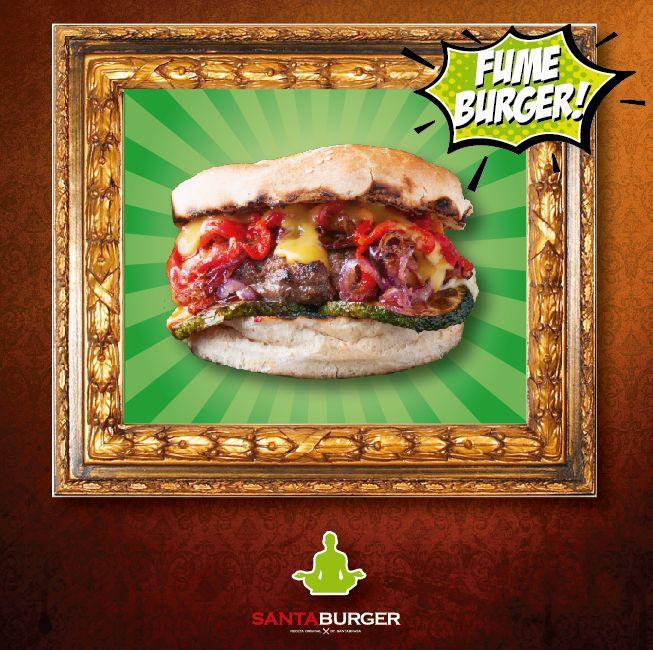 Burger gratinada con queso provoleta, Cebolla caramelizada al aceto balsámico, Pimiento rojo, Zapallo italiano gritado y Mostaza. Sublime! Un mundo de sabor en esta #FumeBurger!