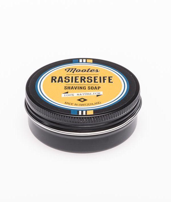 Eine Rasierseife ist mehr als nur ein klassisches Element für die stilechte Nassrasur. Mit diesem Utensil rasierst Du Dich auch besonders gründlich und schonend. Eine perfekte Wahl ist in diesem Zusammenhang unsere Rasierseife Mootes.