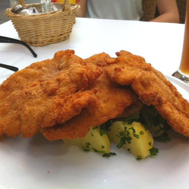 XXL Wiener schnitzel