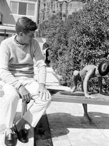 1960. 1er Juillet. Jfk et Christopher Lawford. Par Paul Schutzer                                                                                                                                                                                 Más