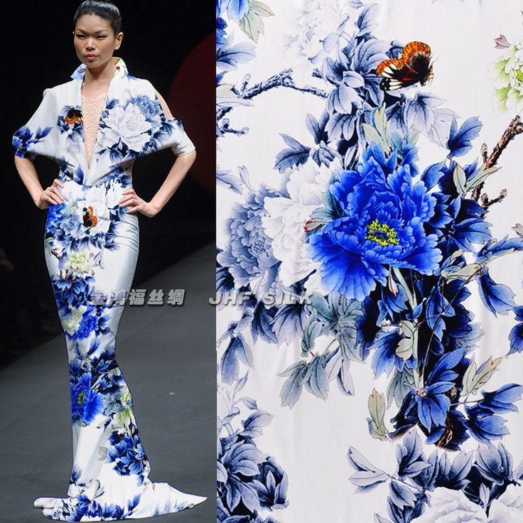 Высокое качество Heavy Pure Silk 93% Эластичный 7% сатин цифровой печати Синий пион Материал Ткань Пряжа Текстиль для Sew платье Ткань 19мм