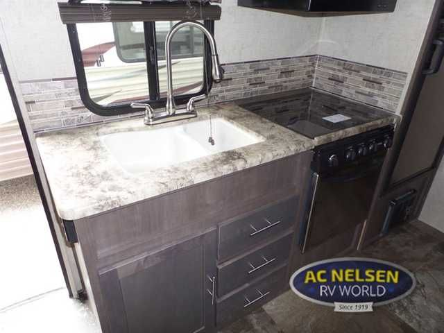 2016 New Forest River Rv Surveyor 201RBS Travel Trailer in Minnesota MN.Recreational Vehicle, rv, 2016 Forest River RV Surveyor 201RBS, The Surveyor 201RBS travel trailer by Forest River offers a single slide and a rear bath. As you enter the travel trail