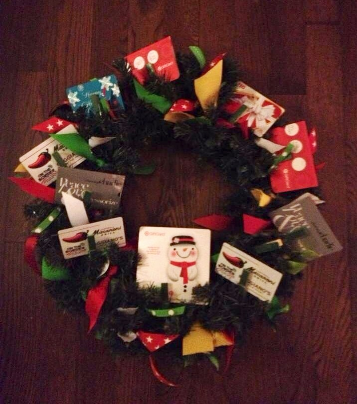 Gift Card Wreath For Teacher It S Beginning To Look A Lot Like