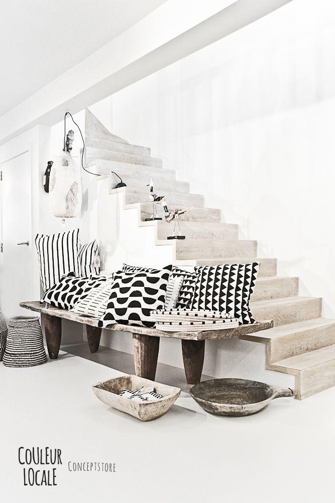 escaleras pintura Más