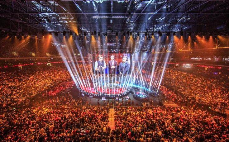 """2016 Dünya Şampiyonası heyecanı nefes kesiyor League of Legends'da Dünya Şampiyonası heyecanı başladı. Ülke liglerini şampiyon olarak tamamlayan ve zorlu Wildcard elemelerinden geçen dünyanın en iyi takımları, 29 Eylül'de Kuzey Amerika'da başlayan Dünya Şampiyonası (""""Worlds"""") kapsamında, bu yılın en büyüğü olmak için mücadele edecek. Espor tutkunları için uykusuz geceler başladı. League of Legends'ın en büyük kupası için dünyanın en iyi takımları arasında gerçekleşecek mücadele, 29…"""