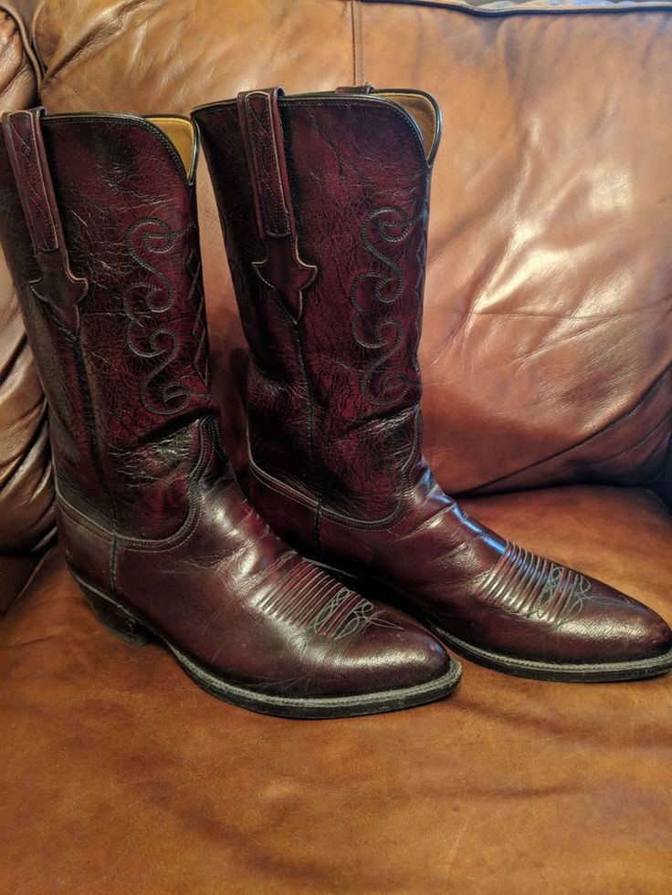 dating lucchese boots