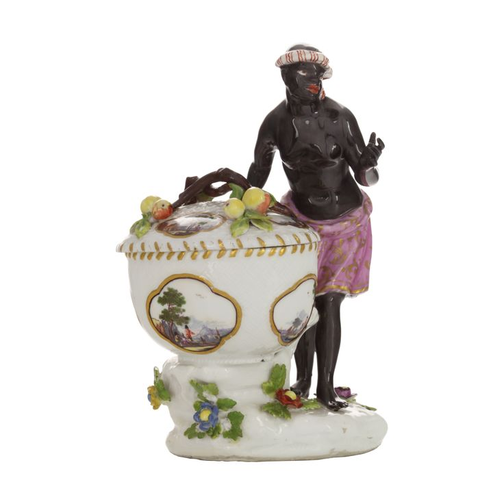 Solniczka porcelanowa z figurką Murzynki z koszem, Johann Friedrich Eberlein, 1741, Miśnia, Muzeum Żup Krakowskich w Wieliczce / Porcelain salt cellar with a figure of black women with a basket, Johann Friedrich Eberlein, 1741, Meissen, Kraków Salt Works Museum in Wieliczka collection