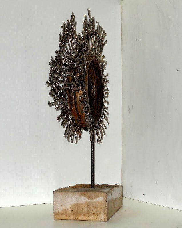 Arte contemporanea  sculture in metallo (Concepimento)