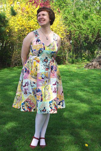 amazing dress made from lady comic book fabric: Comic Trends, Books Dresses, Superhero Ideas, Superhero Dresses, Awesome Fashion, Comic Books, Dresses Skirts, Comic Dresses, Amazing Dresses