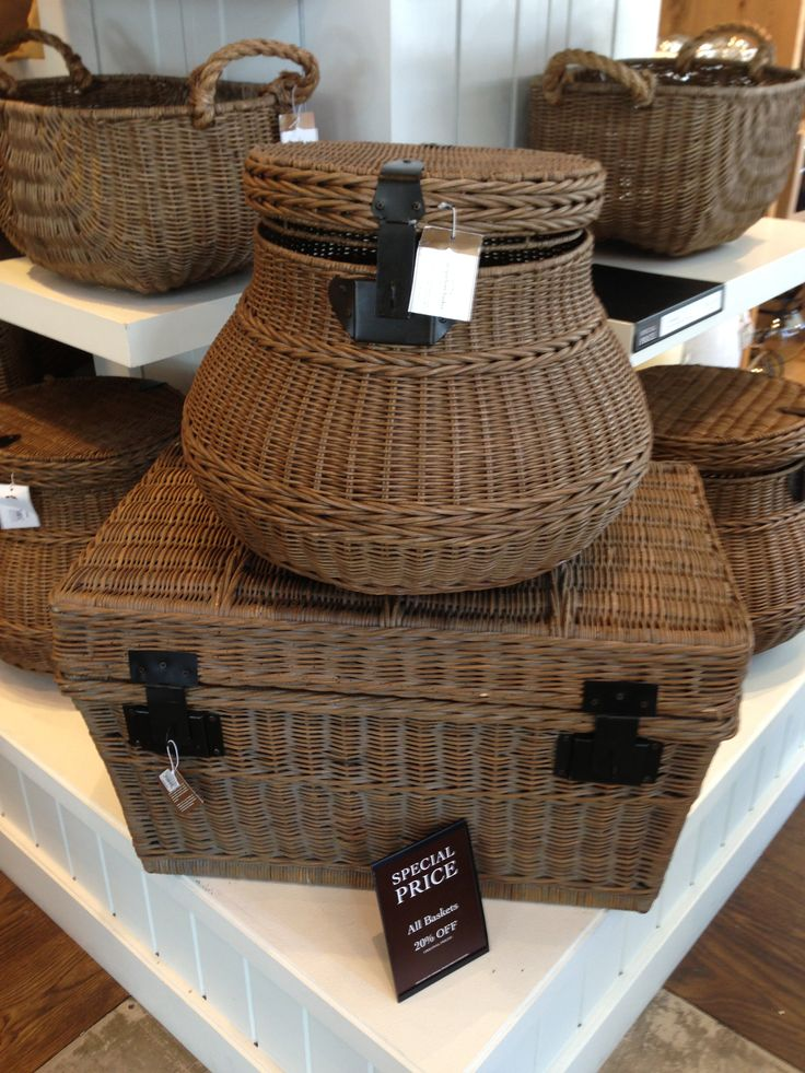 Baskets - a variety of choices - www.seacruisevilla.com