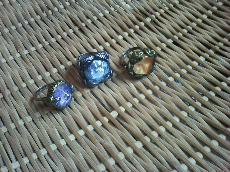 Colorful stone rings