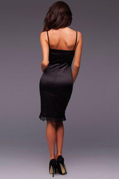 Купить шелковое платье черного цвета с кружевом в Москве по низкой цене.