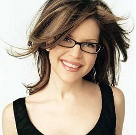 woman with eyeglasses pictures | Fashion Tips for Women Wearing Specs - bollywoodshaadis.com