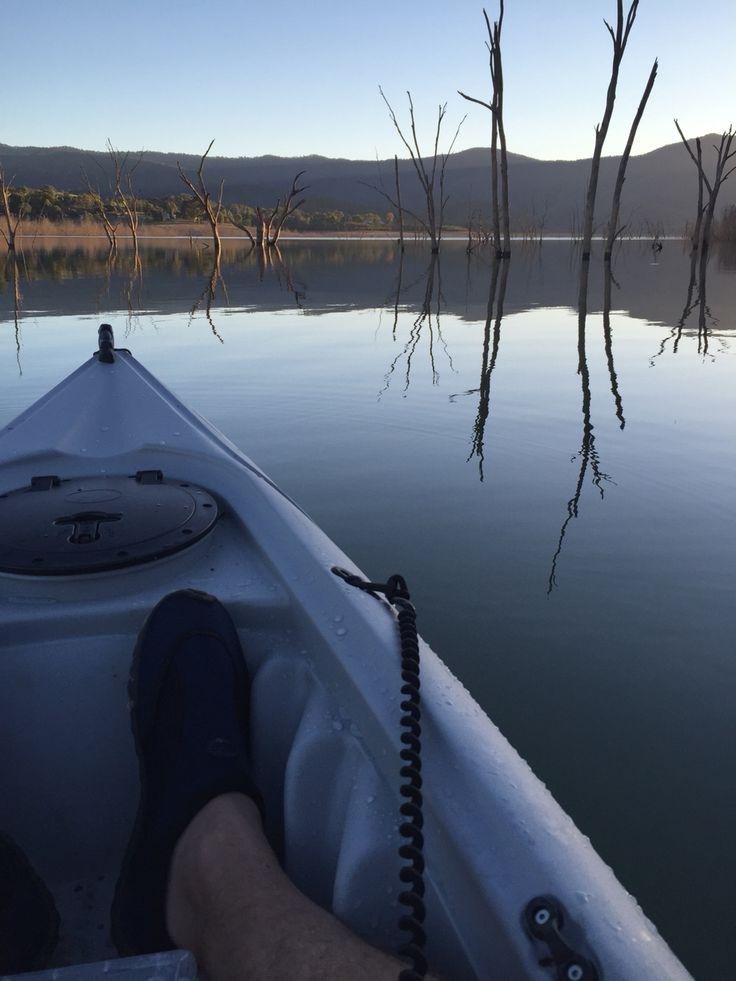 Kayaking howqua inlet lake eildon.