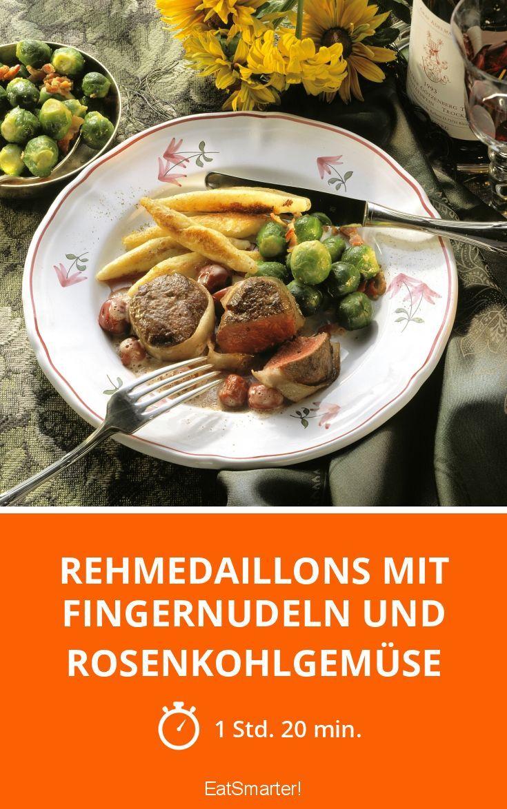 Rehmedaillons mit Fingernudeln und Rosenkohlgemüse