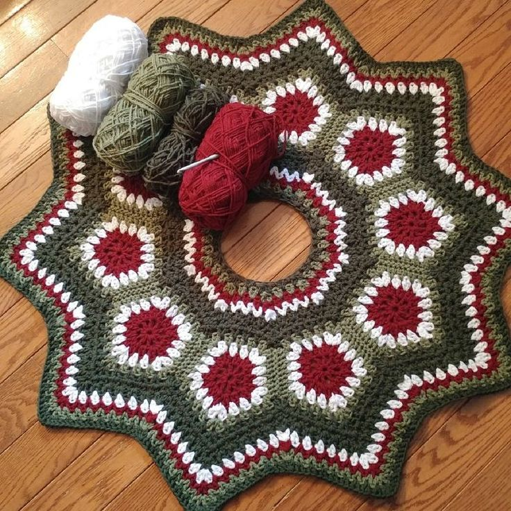 Crochet Granny Square Tree Skirt Pattern