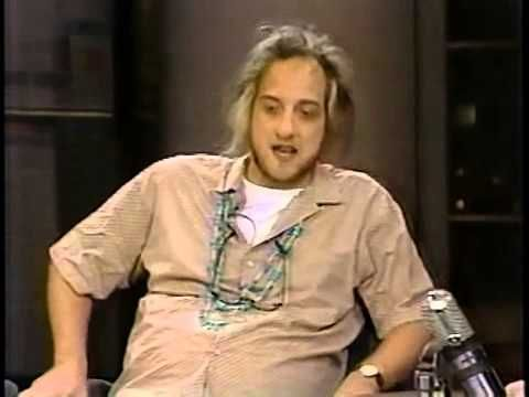 Chris Elliott does banana dance on letterman '87