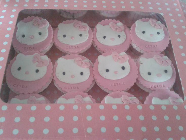 Kurabiye, Doğum günü kurabiye, Hello kitty kurabiye, Davet kurabiyeleri Ceyda Organizasyon ve Davet Tel: 532 120 58 98 Whats app: 532 577 16 15 info@ceydaorganizasyon.com www.ceydaorganizasyon.com Düğün , Nişan , Söz , Kokteyl , Açılış , Sünnet , Doğum günü , Süsleme Organizasyon