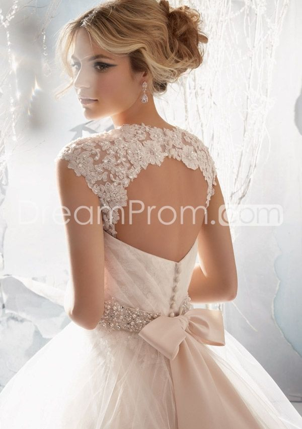 2014 Sweatheart Sleeveless Strapless Tulle Overlaying Beaded Alencon Lace Appliques