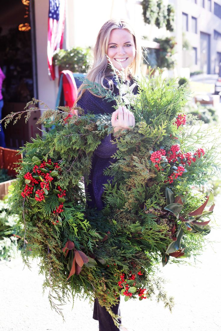 Everyone is loving their #Christmas wreaths at Lucy's Market!