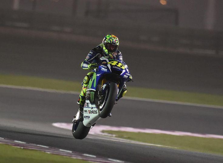 O trabalho duro durante os testes compensa para Valentino Rossi quando ele inicia o Grande Prémio do Qatar Commercial Bank em segundo lugar.