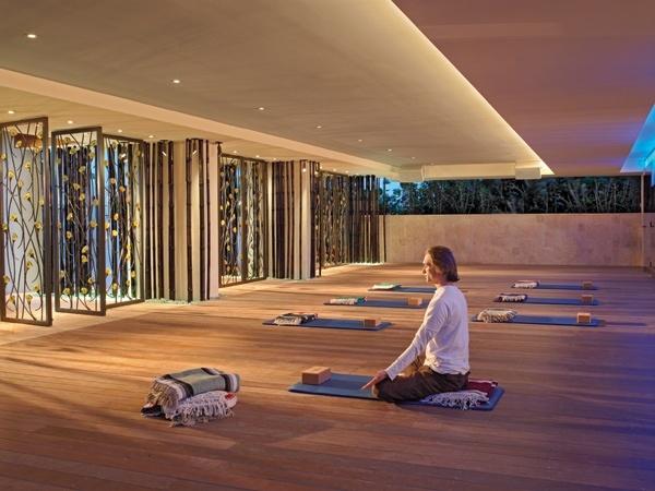 9 besten yoga space ideas bilder auf pinterest yoga for Innenarchitektur yoga
