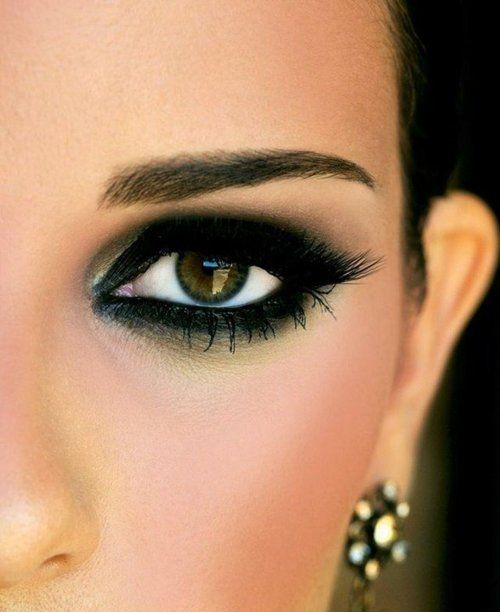 Black smoky eye #eyeshadow