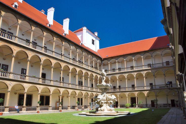Renaissancekunst in Mähren - Schloss  Bučovice