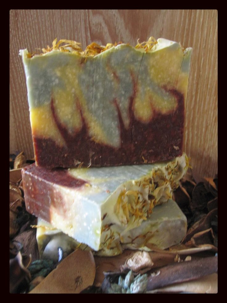 Bluewren Botanicals: Soap To Swirl For  Really love the patterns and colours created using only natural ingredients