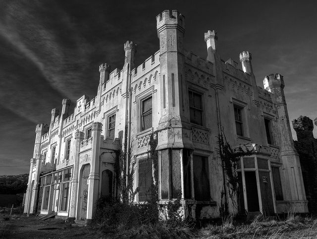 Soldiers Point Mansion: Soldiers Points, Architecture Abandoned, Beautiful Places, Beautiful Abandoned, Abandoned Beautiful, Abandoned Architecture, Points Mansions, Abandoned Houses, Abandoned Places