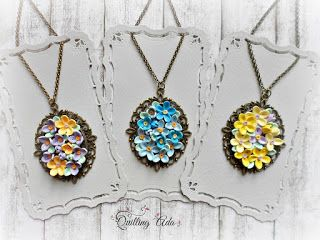 Paper quilled - quilled necklace - pendants - quilled flowers