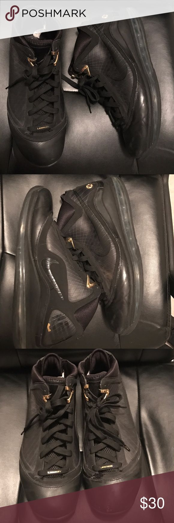 Nike LeBron 7 Basketball Shoes Size 12 Nike LeBron 7 Basketball Shoes -Size 12- Condition Worn but lots of life still left in these Nike Shoes Sneakers