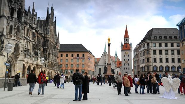 winnenden germany city square | Munich City Square, Germany