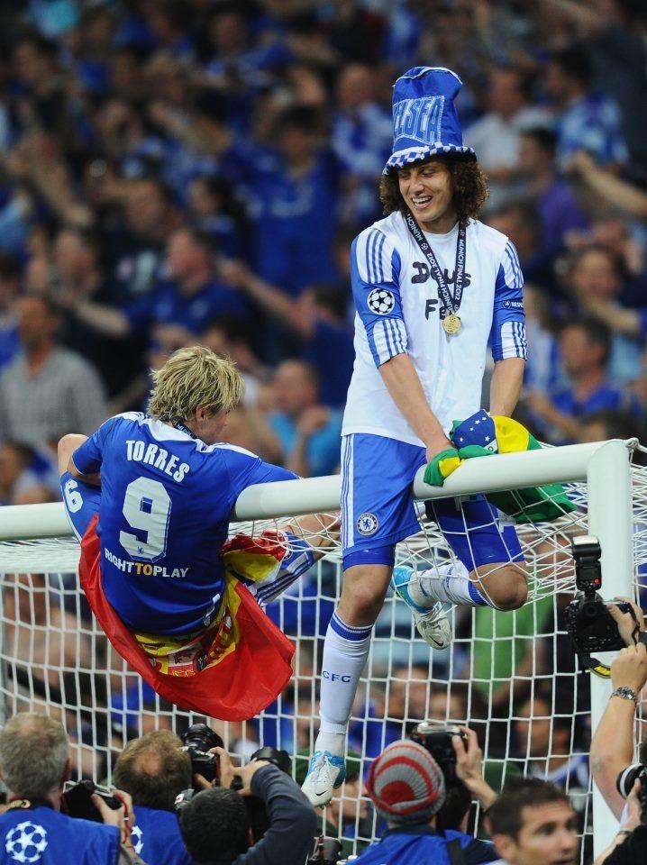 David Luiz and Fernando Torres.