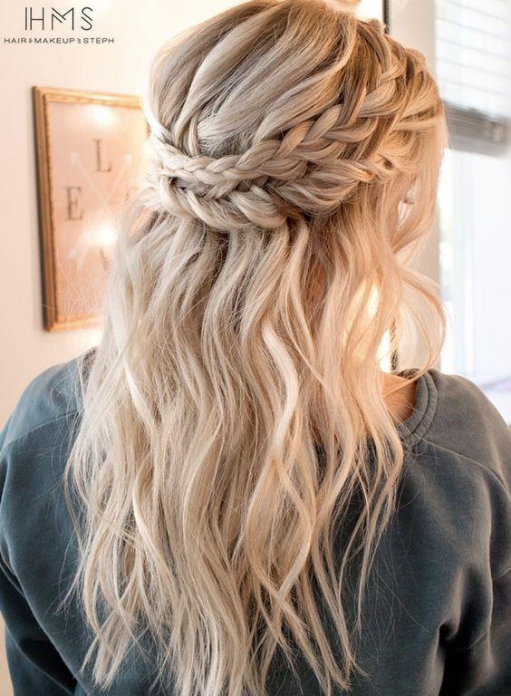 Maquillage et idées de cheveux: Coiffures de mariée Inspiration: Coiffure en vedette: Cheveux