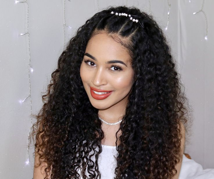 Easy Curly Prom Hairstyle! Great for naturally curly hair! | Curly hair styles, Curly prom hair ...