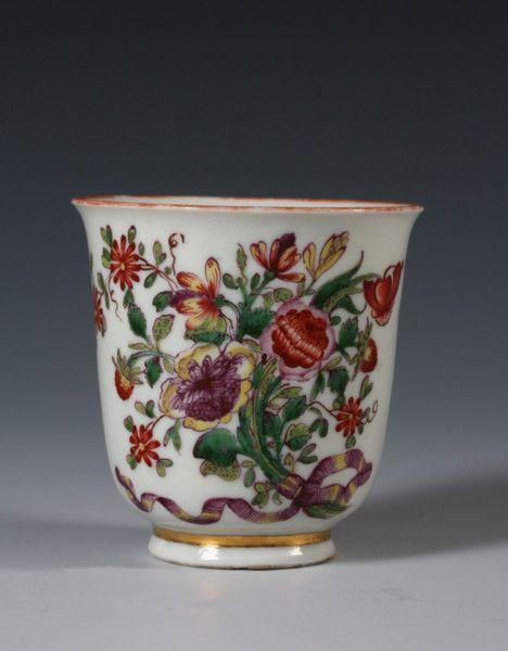 1745 - An early Doccia cup   #TuscanyAgriturismoGiratola