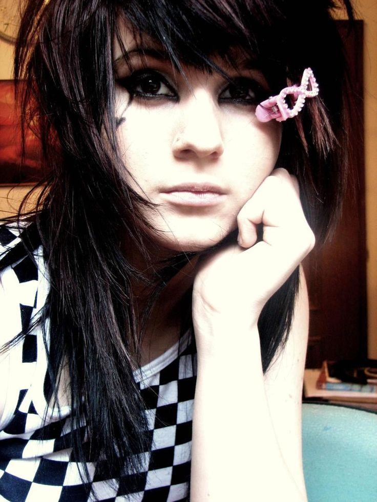 punk hairstyles; emo